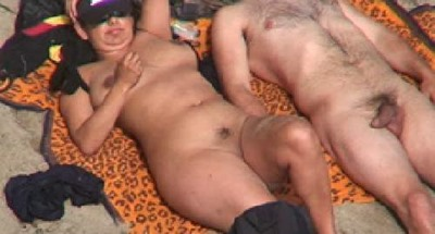 naked-couple-exposed-at-rafian